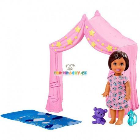 Barbie Příběh z deníku chůvy stan a holčička