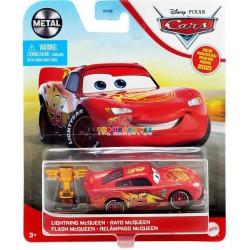 Disney Pixar Cars Lightning McQueen se zlatým pístem